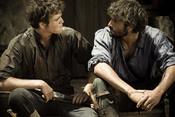 Alex García y Junio Valverde en el rodaje de 'Tierra de Lobos'