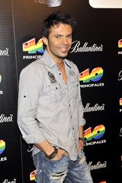 Robert Ramírez en las nominaciones de los premios 40 Principales