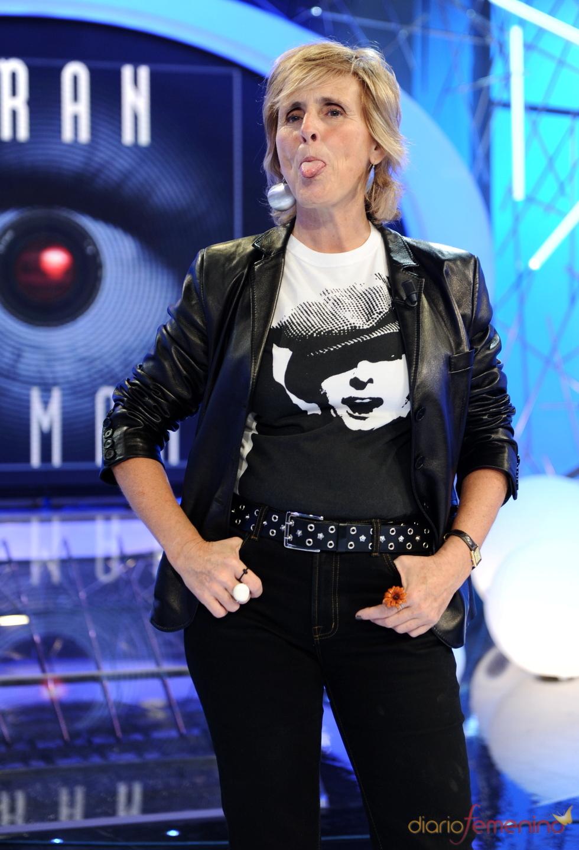 Mercedes Milá saca la lengua