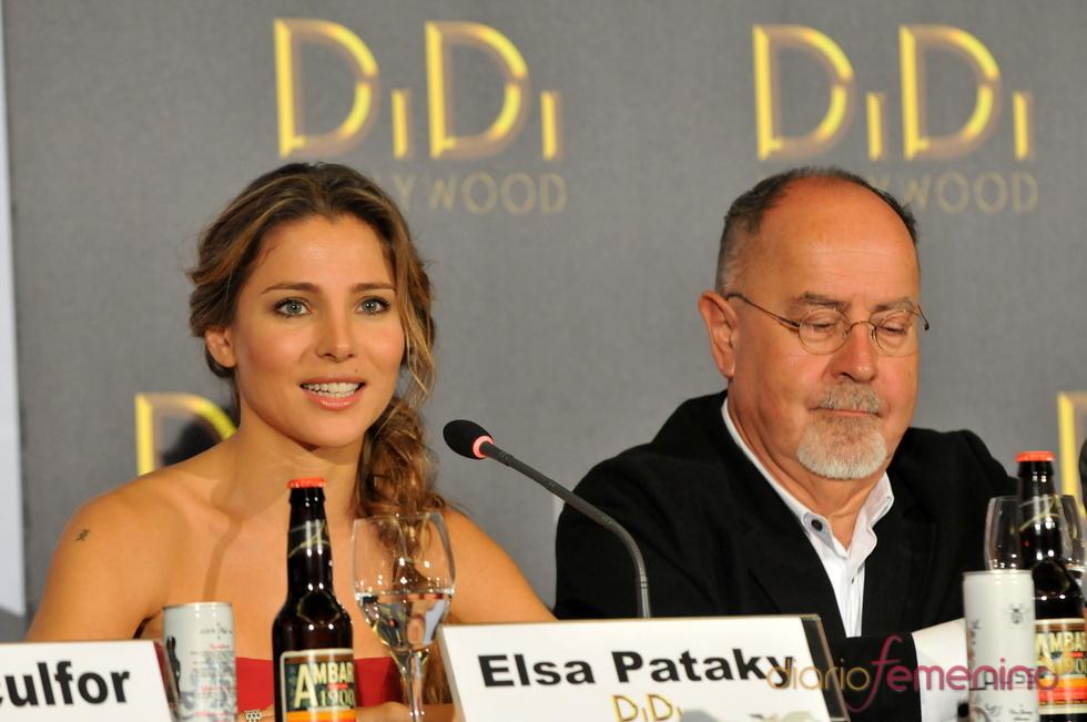 Elsa Pataky y Bigas Luna en la rueda de prensa de Didi