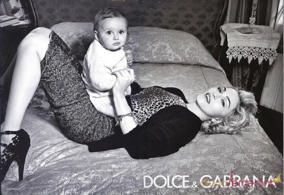Madonna, una madre muy sexy para Dolce & Gabbana