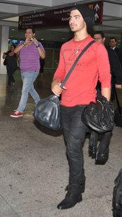 Joe Jonas llega a Puerto Rico para un concierto