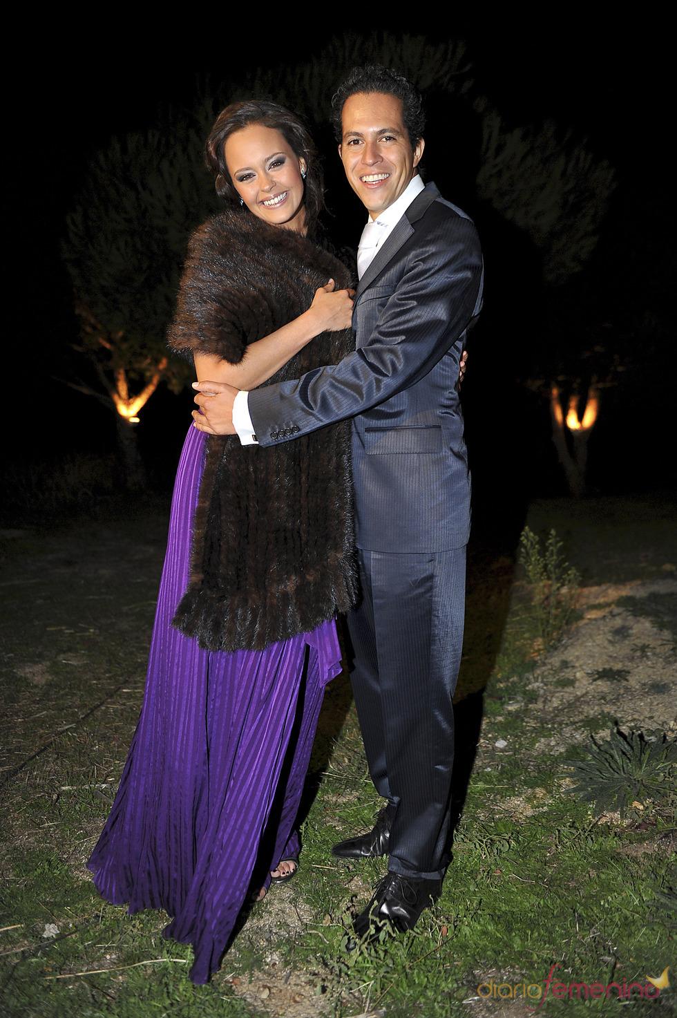 Shaila Dúrcal muy feliz con su marido, Dorio