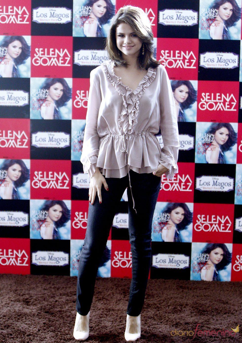 Selena Gomez, muy elegante en Madrid