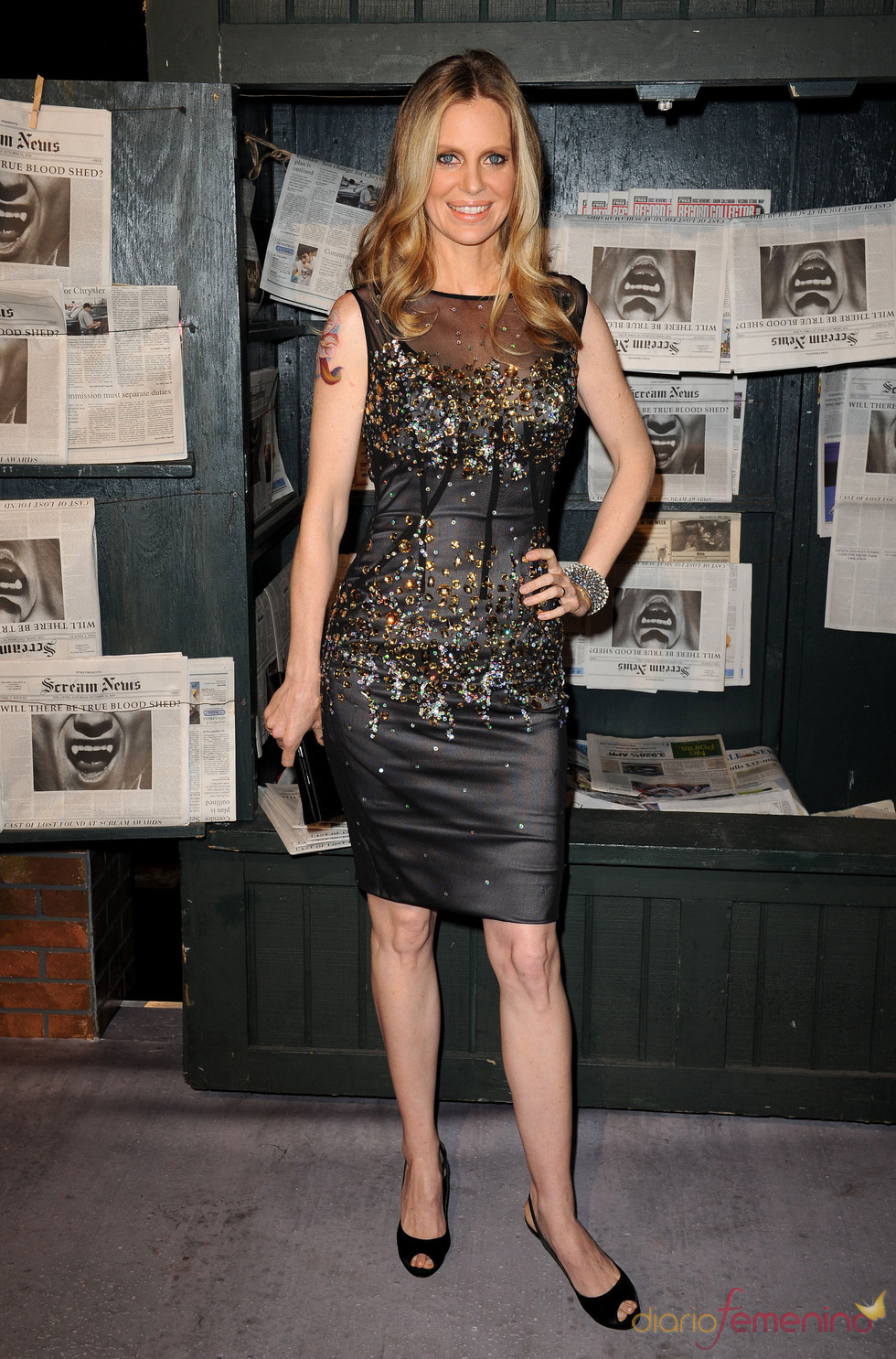 Kristin Bauer a su llegada a los premios Scream 2010