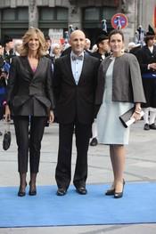 Cristina Garmendia, Modesto Lomba y Ángeles González Sinde en los premios Príncipe de Asturias