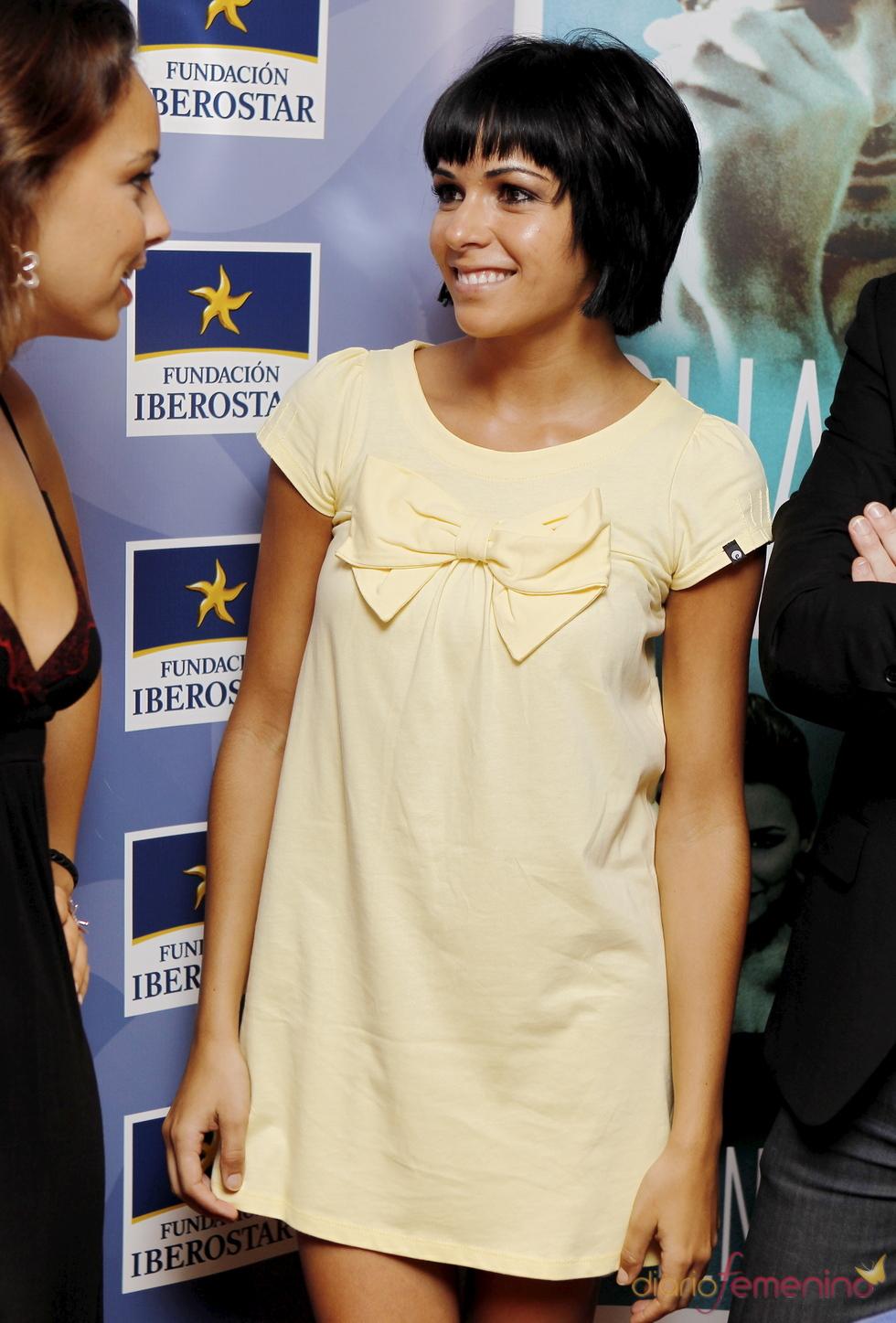 Raquel del Rosario con un vestido estilo 'baby doll'