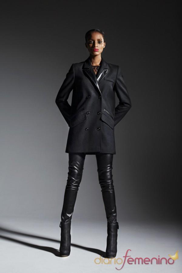 Pantalón de cuero y chaquetón de TopShop