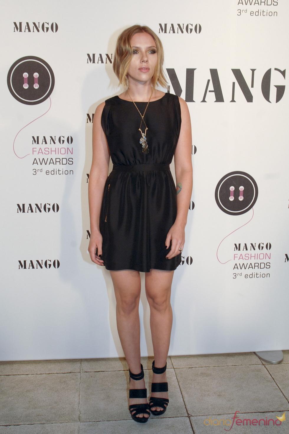 Scarlett Johansson durante los premios de Mango