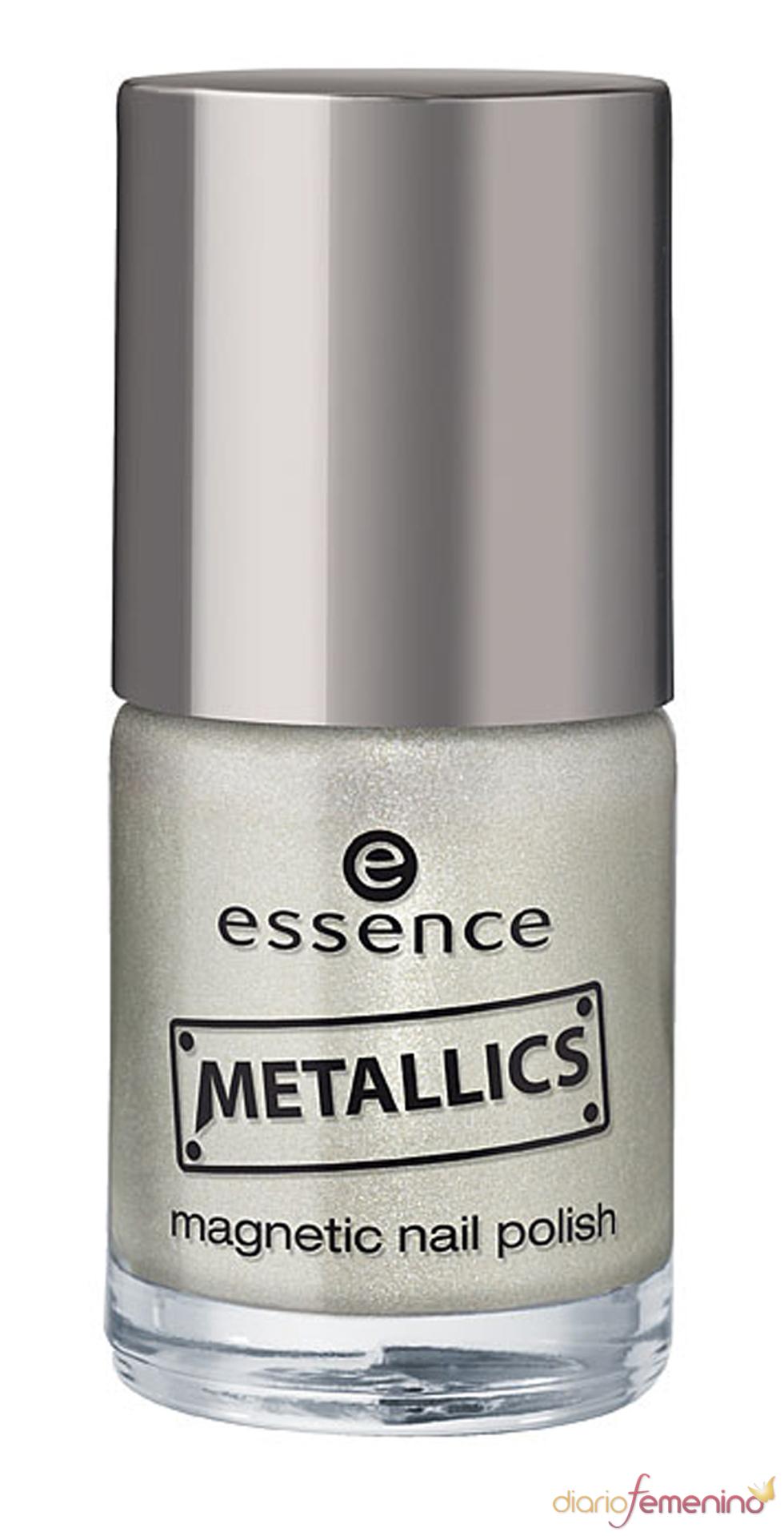de uñas metálico de Essence