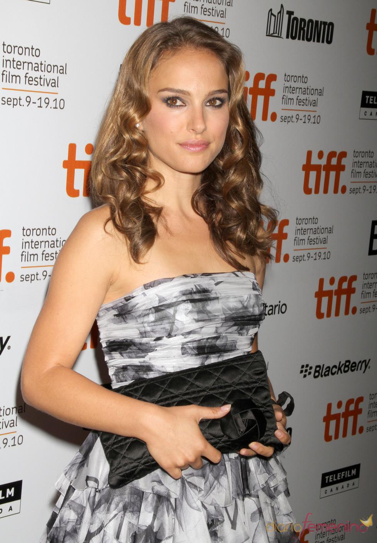 Natalie Portman con melena y bucles
