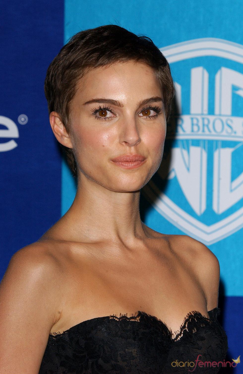 Natalie Portman con el pelo corto