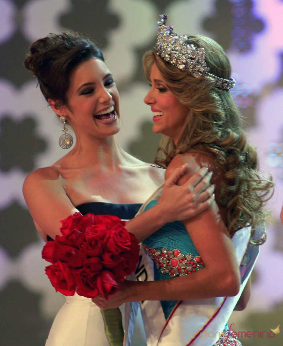 Vanessa Goncalves en la gala de Miss Venezuela 2010