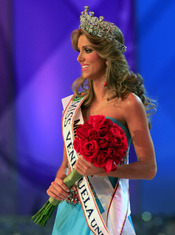 Vanessa Goncalves coronada Miss Venezuela 2010