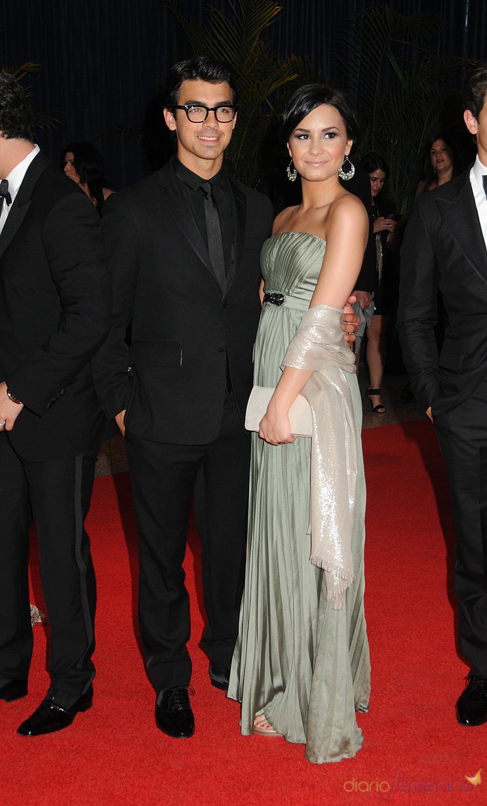 Demi Lovato junto a Joe Jonas