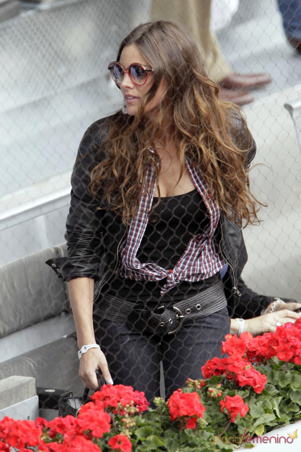 Amaia Salamanca con maxi gafas de sol