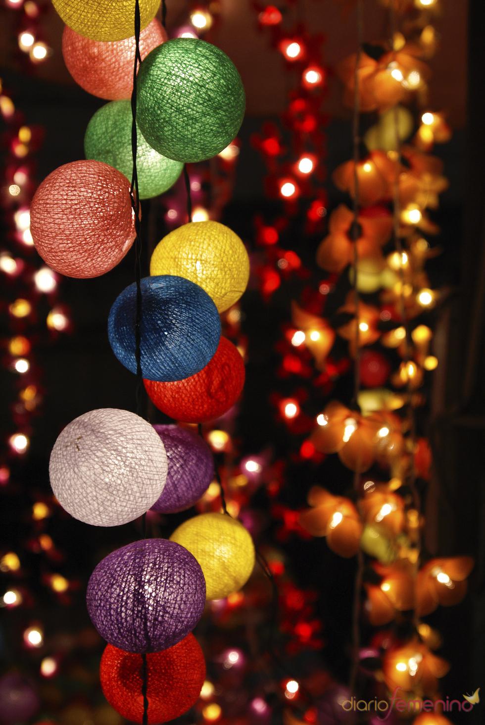 Luces colgantes de navidad - Focos led con luces de colores ...