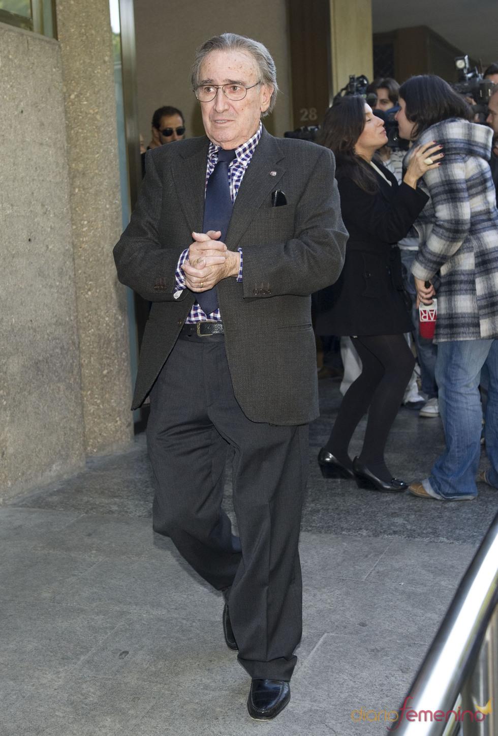 Manolo Escobar despide a Paco Marsó