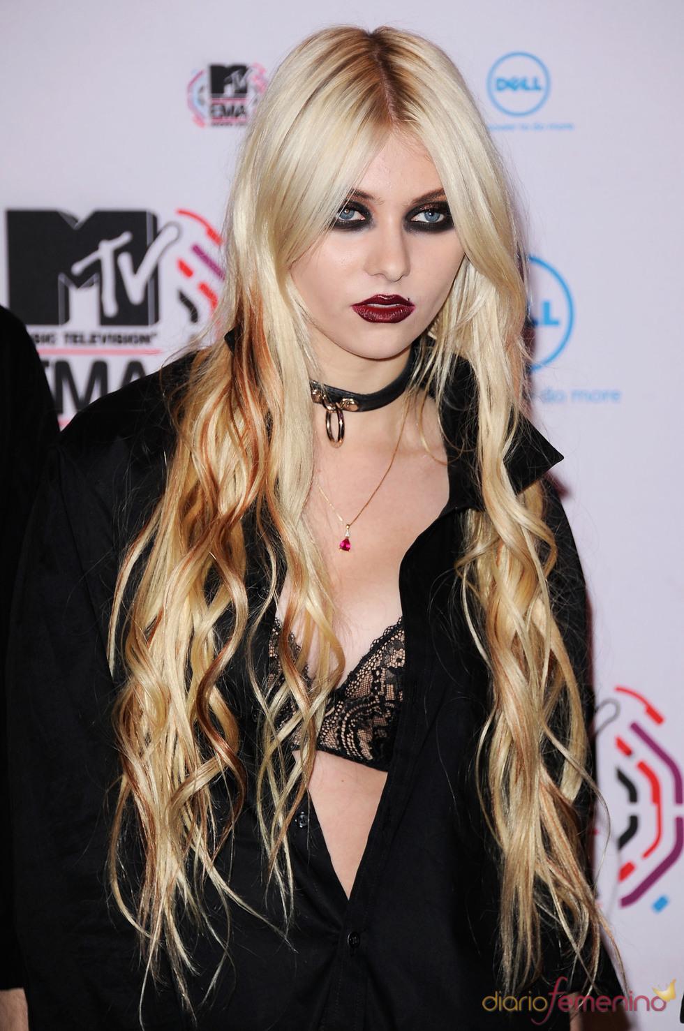 Taylor Momsen llega a los MTV Europe Music Awards