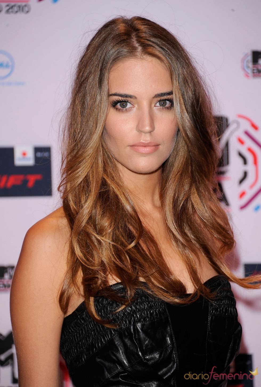 Clara Alonso asiste a los European Music Awards