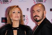 Carmen Lomana acompañada de Juan Duyos en los premios MTV