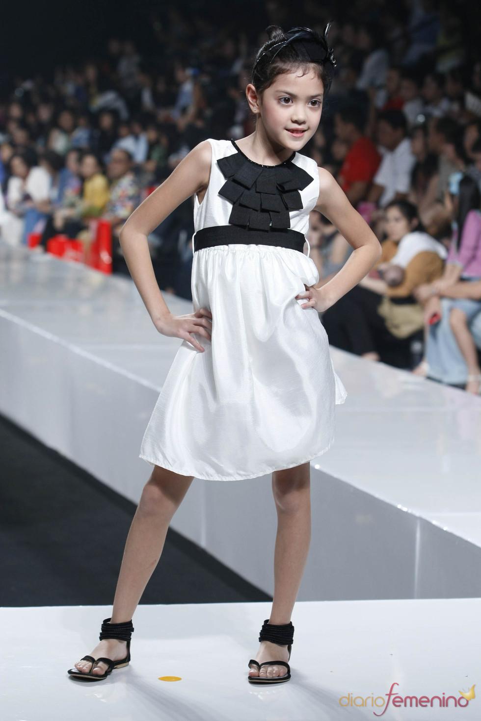 Moda para los más pequeños en la Jarkata Fashion Week 2010