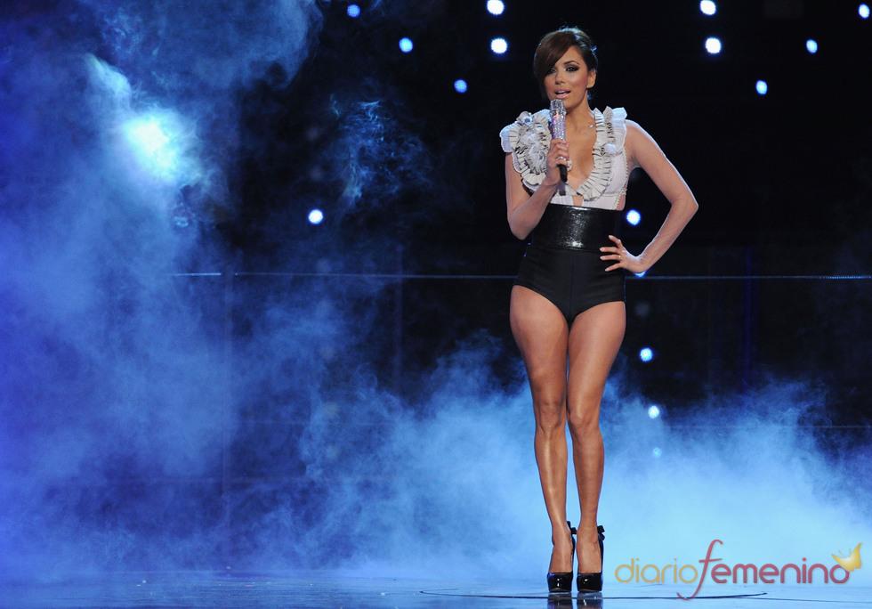 Eva longoria se muestra sexy en los premios MTV