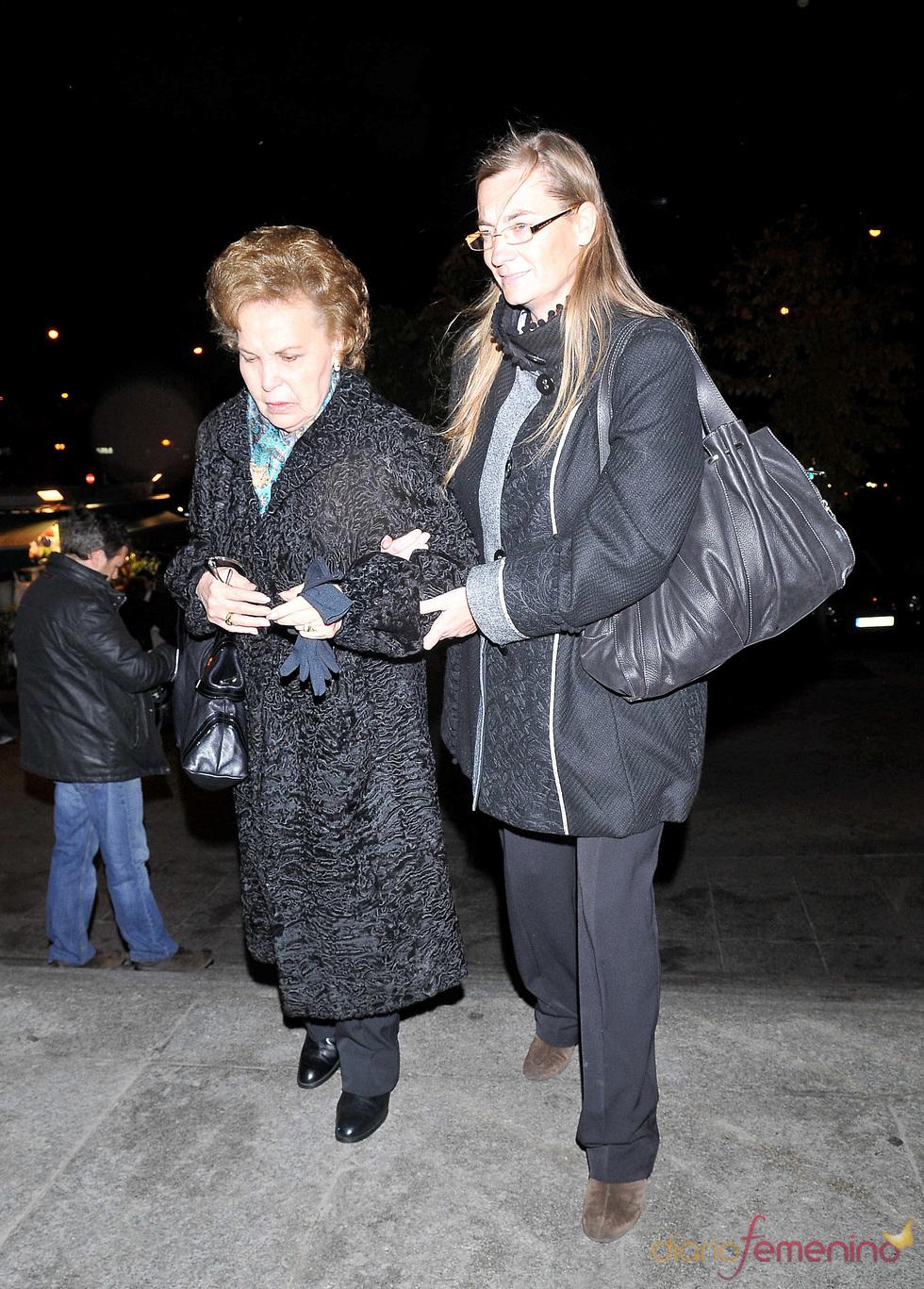 Purificación Aguilera, madre de Carla Duval, en el funeral de la hija
