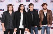 Kings of Leon en los premios MTV europeos