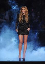 Miley Cyrus durante su actuación en el MTV Day