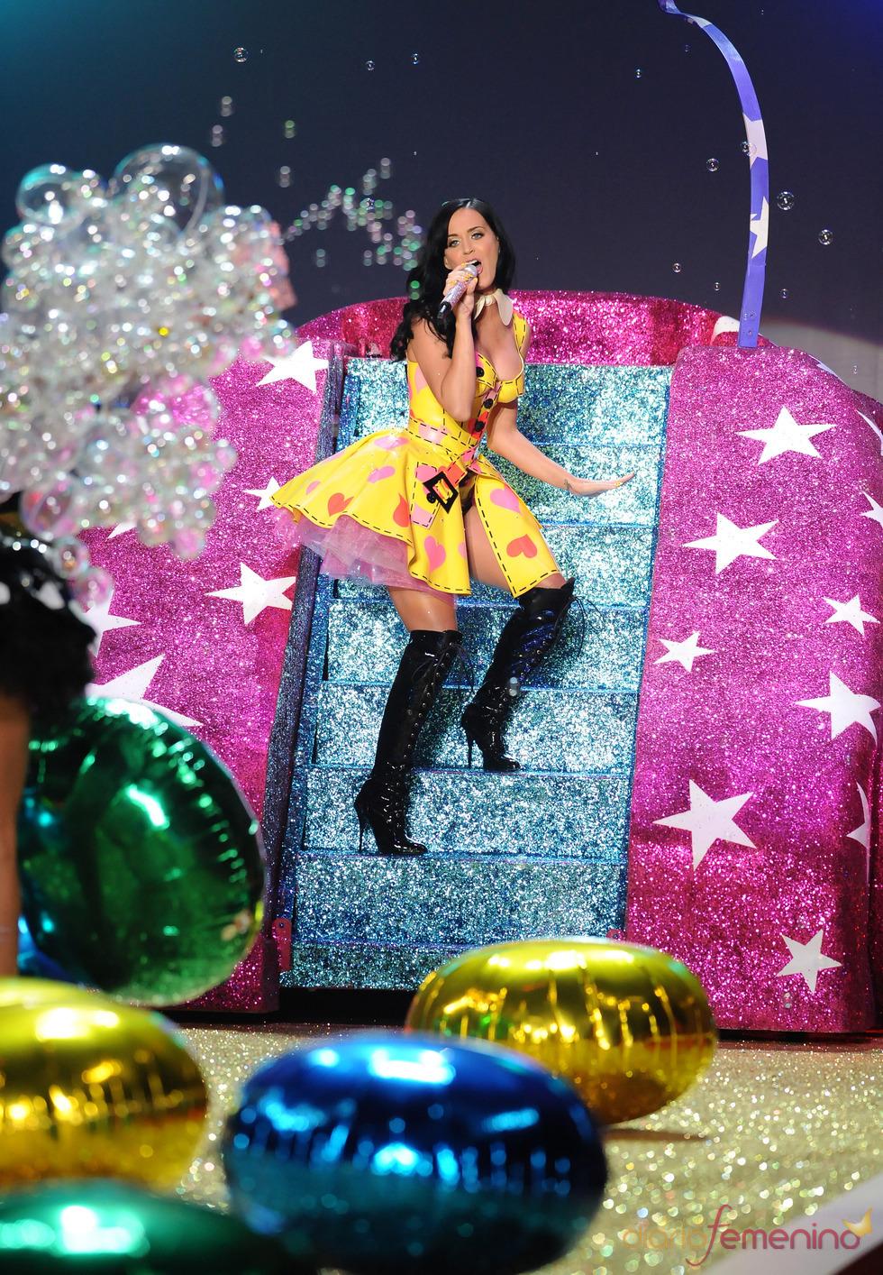 Espectáculo de Katy Perry en el desfile de Victoria's Secret