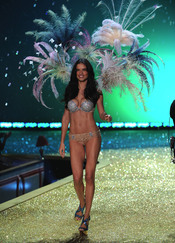 Adriana Lima, una belleza de Victoria's Secret