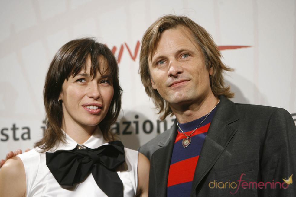 Viggo Mortensen y Ariadna Gil, juntos