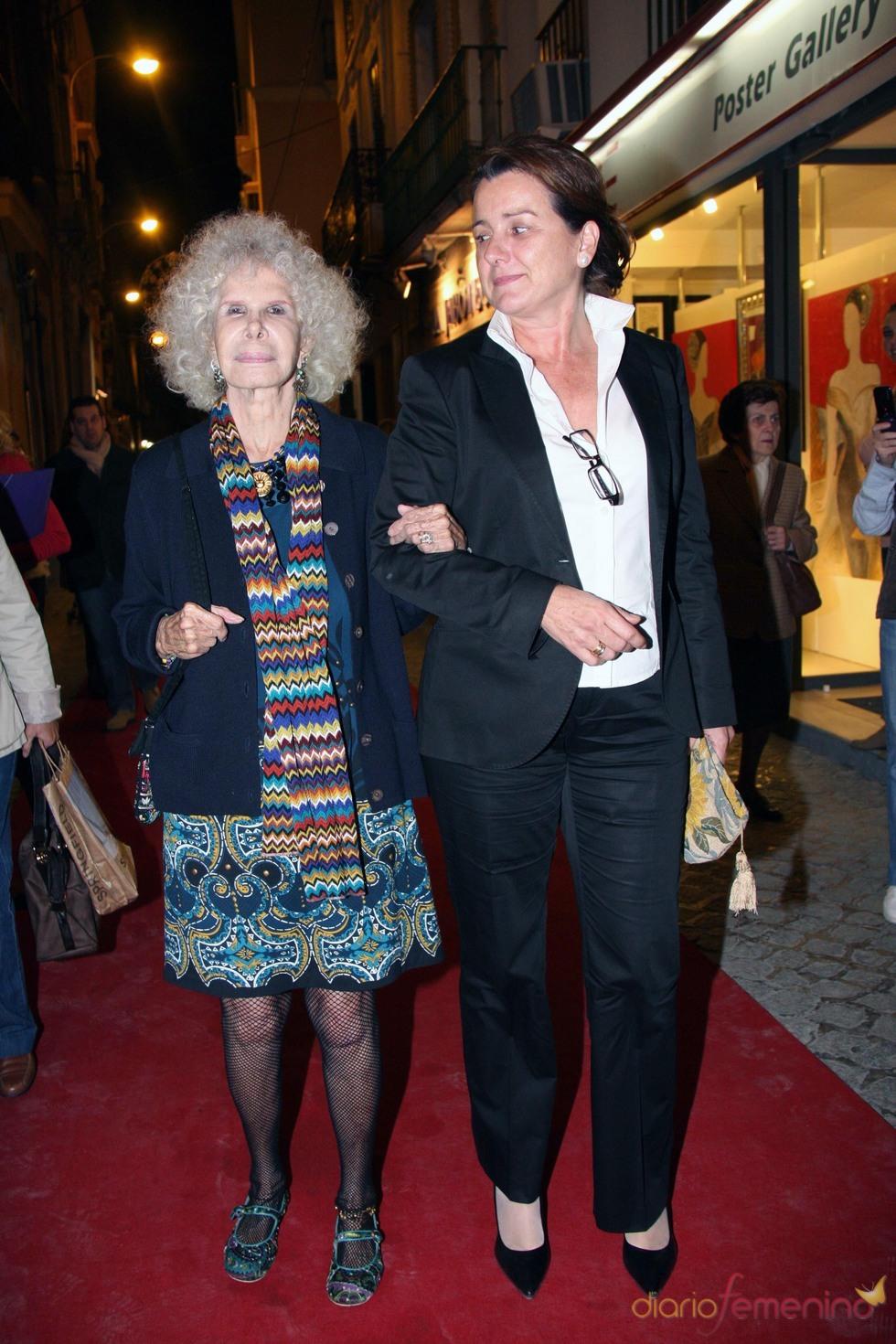 La Duquesa de Alba apoyando el flamenco