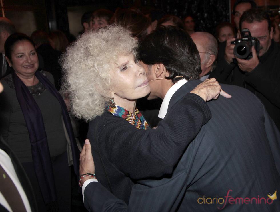 Fran Rivera muestra su respeto a la Duquesa de Alba