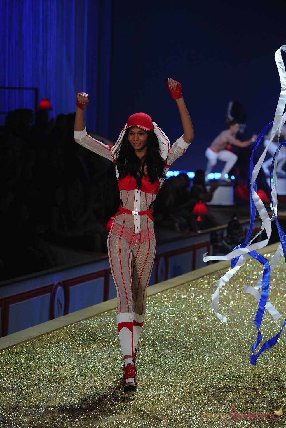 Diversión a raudales en el desfile de Victoria's Secret