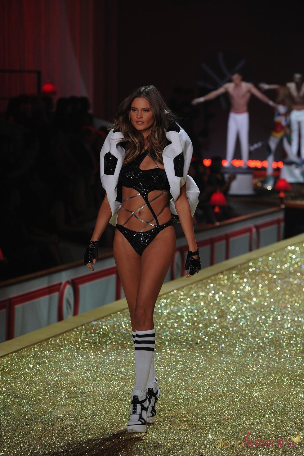 La firma americana Victoria's Secret presenta un espectacular desfile