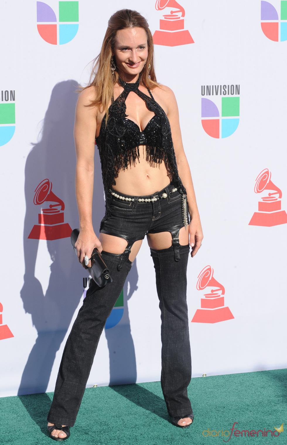 d'Manti en los Grammy Latino 2010