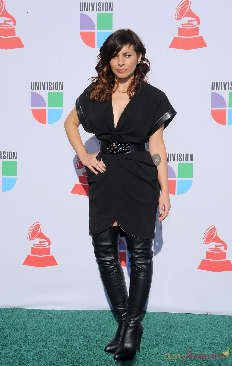 Ceci Bastida en los Grammy Latino 2010