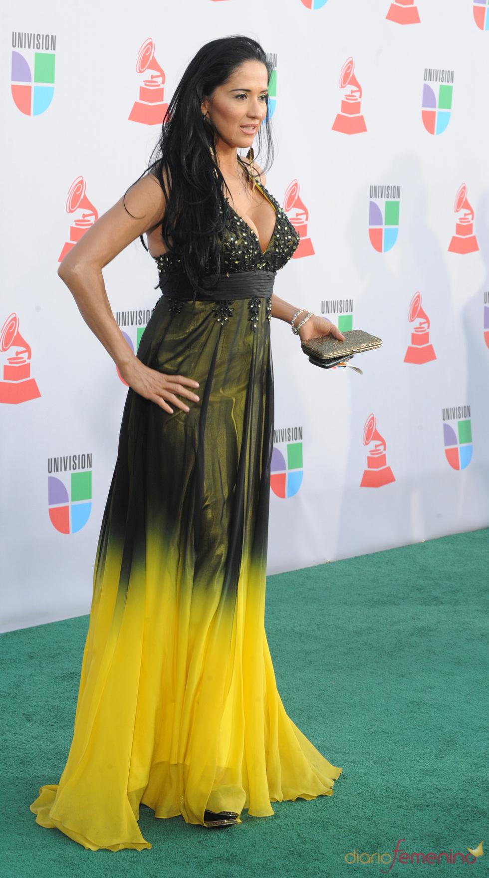 Amalia Aviles en los Grammy Latino 2010