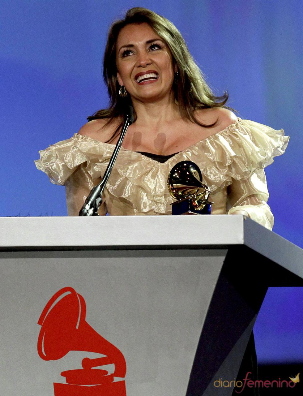Aida Cuevas fue premiada al mejor álbum tango por su producción 'De corazón a corazón mariachi tango'