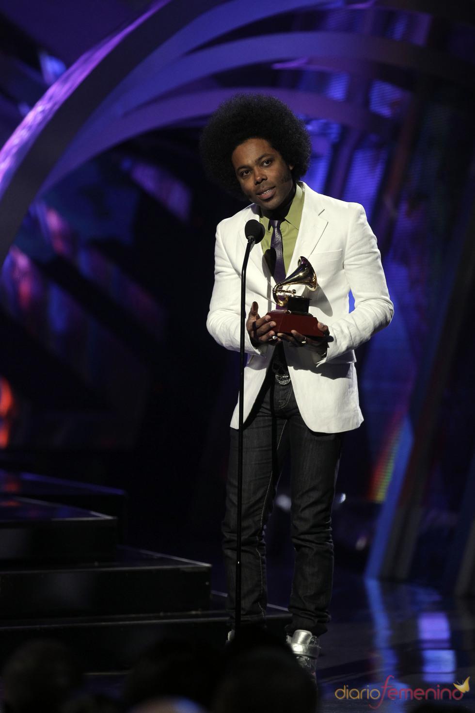 Alex Cuba uno de los ganadores de los Grammy Latinos