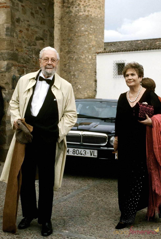 Luis García Berlanga con su mujer