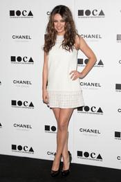 Mila Kunis en la Gala MOCA 2010