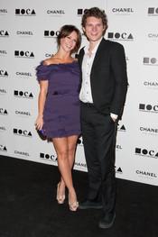 Jennifer Love Hewitt psa con su nuevo novio Alex Beh