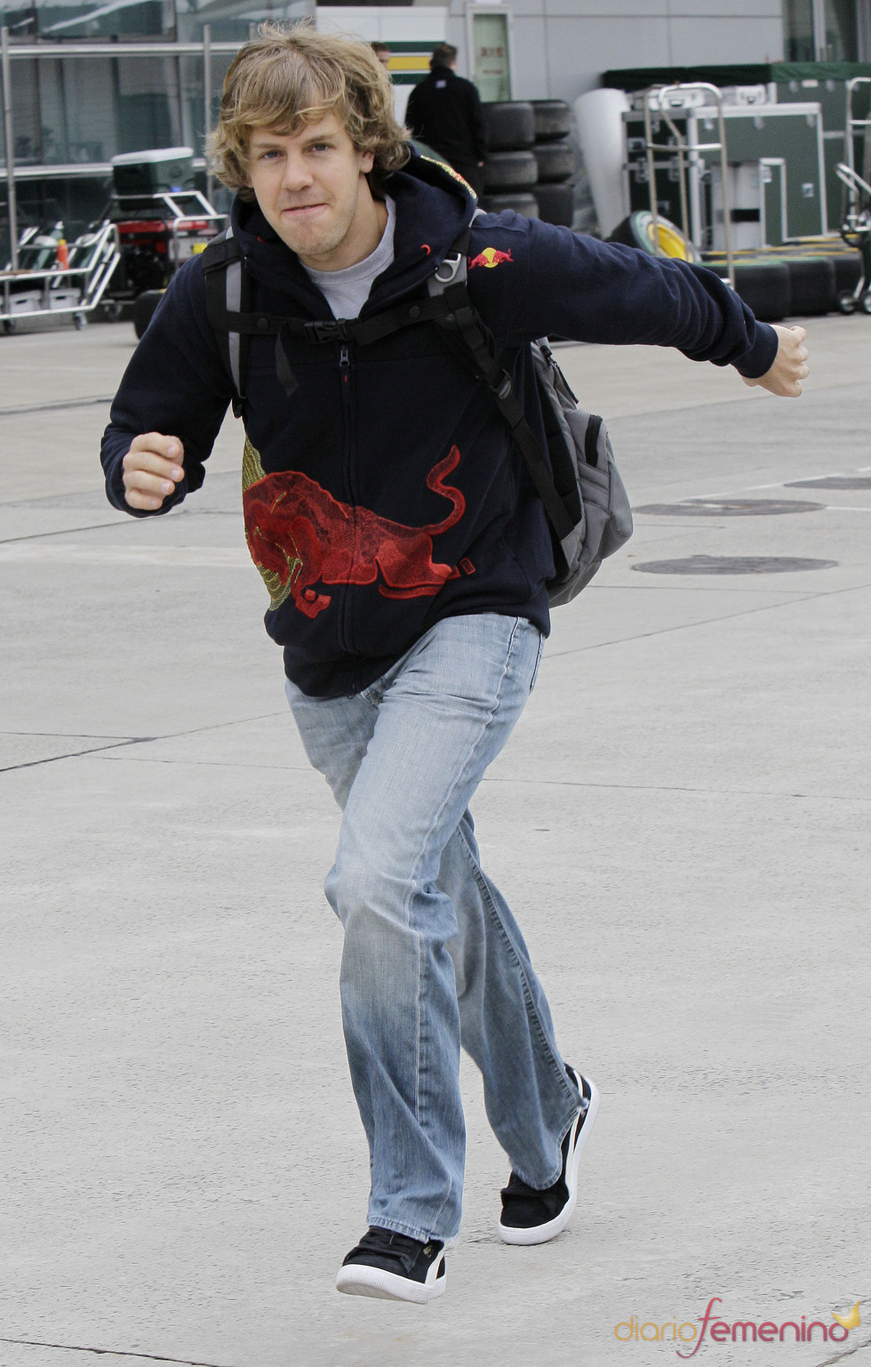 Sebastian Vettel con look de sport