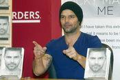 Ricky Martin pone música a su libro