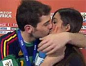 Iker Casillas y Sara Carbonero, campeones del mundo en Sudáfrica