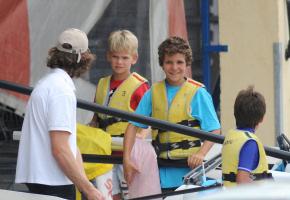 Los pequeños de la familia real aprenden a navegar en Mallorca