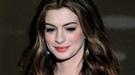 Los 'looks' de Anne Hathaway en los Oscars 2011